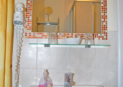 Badezimmer Fewo Lavendel