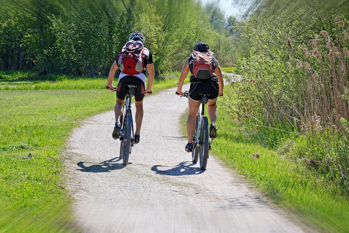 Genießen Sie abwechslungsreiche Fahrradtouren durch die Chiemsee-Alpenland Region