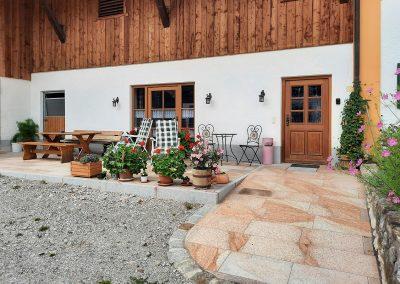 Neue Terrasse auf dem Taffenreutherhof